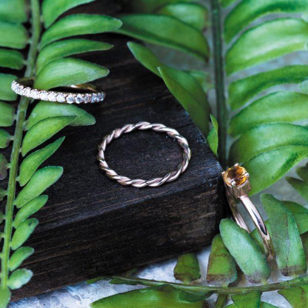 رکاب دستساز نقره، مدل حلقه با طرح سه حلقه (هنر استاد اسکندری) به همراه 16 عدد الماس اتمی